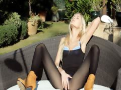 Incredible blonde in shoes...